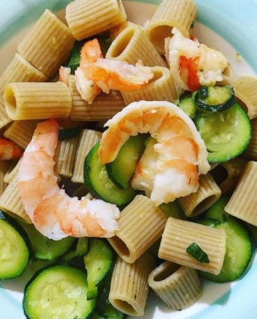 Riso/pasta con gamberi e zucchine